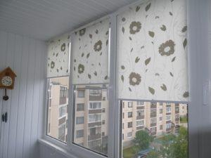 Установка рулонных штор на пластиковые окна в Екатеринбурге